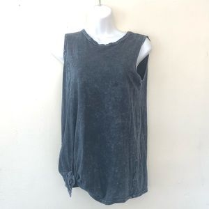 Gaze black distressed side knotted tank top